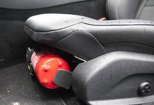 I Mercedes bilar finns brandsläckare som standard.