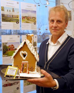 Om  Lars Björklund ser ångerköpt ut så beror det på att han ångrar att han inte köpte huset.