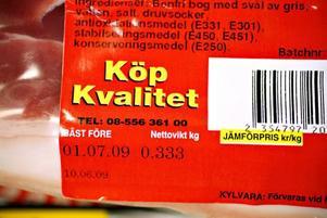 ...Saltmästarn´däremot nöjer sig med att uppmana oss att köpa kvalitet. Var köttet i Saltmästarn´s produkter kommer ifrån framgår inte.