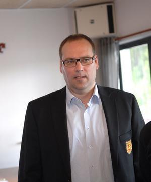 Vann maktkampen om ordförandeposten i Mora IK gjorde Siljan Charks vd Patrik Andersson.