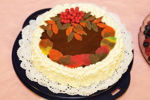 Tårta sju, vacker med rönnbär.