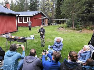 Jenny Breslin, ordförande i Länsbygderådet X-ing berättar om varför kolbullar var så viktiga i det gamla skogsarbetarlivet.