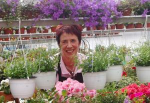 I stället för att sluta bestämde sig Kerstin Nordqvist vid Ocke trädgård att storsatsa på sitt företag. Foto: Lars dahlström