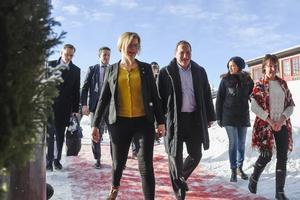 Stefan Löfven och Mikael Damberg på besök i länet