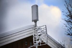 Antennen på taket innebär att huset har fungerande mobilt bredband.
