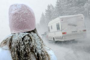 Enligt Foreca kommer det att snöa både under torsdag och fredag. Något som innebär risk för snöhalka.