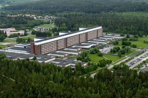Åke Eriksson berömmer sjukhuspersonalen på onkologen.