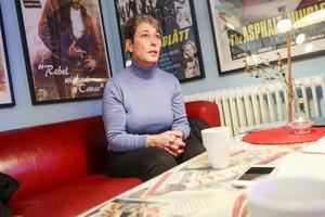 Anna-Lena Andersson (S) socialnämndens ordförande, slår ifrån sig kritiken mot socialtjänsten.