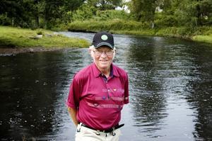 Den har en liten chans trots allt, säger Erik Onils om läget för flodkräftan i Bollnäs norra fiskevårdsområde.