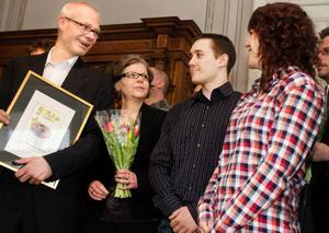 Årets serviceföretag i länet: Pressbyrån i centralstationen i Östersund. Från vänster: Royne Ellingsson, Christina Ellingsson, Niklas Holmberg och Josefine Ellingsson.