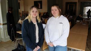 Felicia Ström och Nilla Adlerberg Ekström är elevskyddsombud på Sammilsdalsskolan i Leksand.