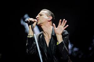 Depeche Mode skulle ha spelat på Peace & Love 2013, men festivalen ställdes in.
