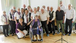 Träffengänget från PRO Mjälga-Östermalm i Borlängesamlade samlade tillsammans med den till Hallstahammar nyligen flyttade vännen och medlemmen Vanda Hermansson.