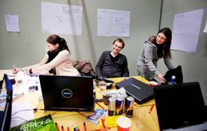 Elever på Mittuniversitet deltar i helgen i Kreativ 24. Ett projekt som går ut på att studenterna utför uppdrag åt näringslivet. På 24 timmar ska de komma med ett resultat på sitt arbete.
