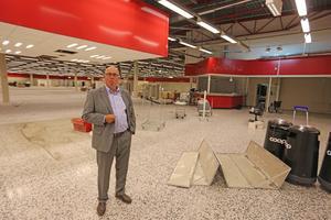 Olle Andersson har hört av sig till svenska och utländska investerare om den gamla Coop Forum-fastigheten i Borlänge.