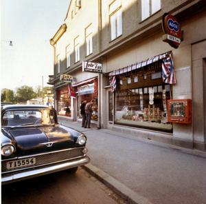 En annan tid. Foto 7:ans första adress var Engelbrektsgatan 7.