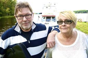 Lars Lilliemarck, Offroad Cooking, och Gunilla Nordlinder, Rederi AB Runn, ger upp försöket att skapa verksamhet på Hellmansö.