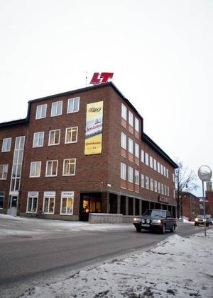 Plusgymnasium vill eventuellt hyra in sig i Länstidningens före detta hus på Rådhusgatan 37.