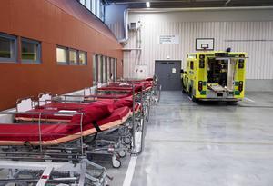 De senaste åren har antalet ambulansresor i Landstinget Västernorrland ökat med i genomsnitt drygt 500 resor varje år.