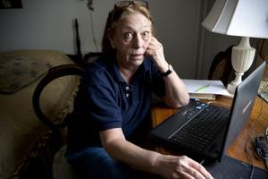 Telefonbedragaren lovade fixa problemen med datorn. Men Birgitta Högberg lät sig inte luras. Nu vill hon varna andra: