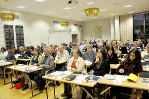 Tanken är att en beredning inom Tierps kommunfullmäktige ska diskutera hur man får nyanlända att komma in i samhället.