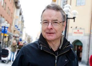 """Peter Hallgren, 59 år, Falun.– Låten """"La voix"""" med Malena Ernman är bra och lite annorlunda."""