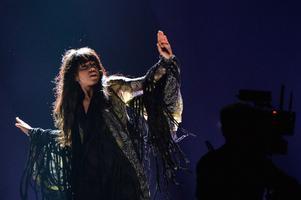 """Loreen sjunger Sveriges bidrag       """"Euphoria"""" under en repetition inför tävlingen i Baku."""