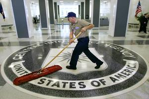 Brotten CIA begått får inte sopas under mattan.