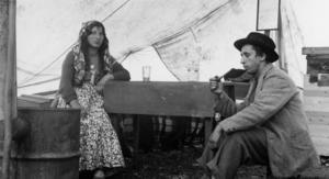 Vad de heter, det här romska paret, är okänt. Känt är dock att de vistades i Vemdalen på 30- eller 40-talet någon gång.