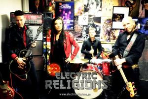 Electric Religions spelar på Å-Krogen.