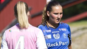 Tove Landström och hennes Forsby FF förlorade borta mot topplaget IFK Västerås med 4–0. FFF placerar sig på en sjundeplats i tabellen, 20 poäng från toppen, sex poäng från jumboplatsen.