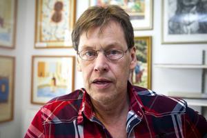 Stefan Svensson har drygt 30 års vana av konstutställningar.