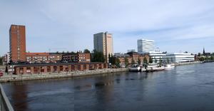 Umeås stadslinje med enstaka gaddar som sticker upp: inget att sträva efter för Sundsvall, tycker Hans Gillgren.
