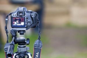 Hela kvällen spelades in av flera kameror.