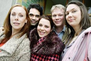 """Rachel Molin, David Batra, Vanna Rosenberg, Johan Glans och Anna Blomberg medverkar i nya avsnitt av tv-programmet """"Kvarteret Skatan"""" som kommer att sändas i höst.Foto: SCANPIX"""