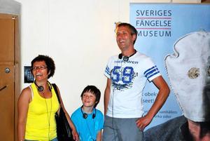 Annica, Per-Erik och Axel Kaati kommer från Gällivare. De är i Gävle några dagar och passar på att se några sevärdheter. Shopping, Furuvik och på fredagen fängelsemuseet har de bland annat hunnit med. –