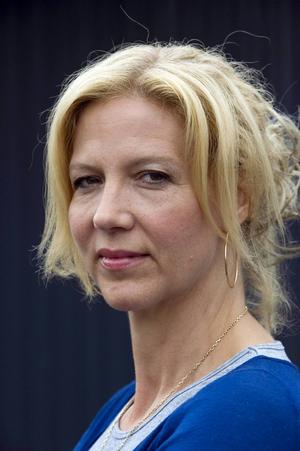 Liza Marklund prisas av Svenska Deckarakademin för