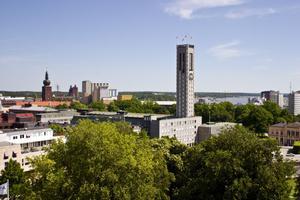 För Västerås. Med denna budget tar vi ansvar för en fortsatt god ekonomisk hushållning av stadens resurser, skriver debattörerna.foto: VLT:s arkiv