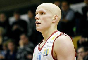 Daniel Eliasson, här i Sundsvall Dragons, har drabbats av multipel skleros.