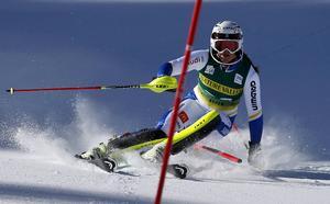 Sara Hector öser på i Aspen.