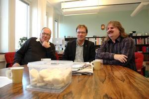 TOPPTRION. De rödgröna har enats om styret av Tierps kommun kommande fyra år. Urban Blomster (V), kommunalrådet Bengt-Olov Eriksson (S) och Håkan Thomsson (MP) är alla nöjda med resultatet av förhandlingarna efter valet.