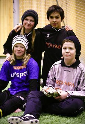 Fyra vinnare i Prolympia: Olivia Eriksson, Sebastian Lundbäck, Ellionor Sörensson och Jonatan Wallin.