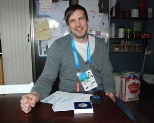 Christan Hedberg är tillbaka i Hedemora efter det 16 dagar långa äventyret Paralympics i Sotji.