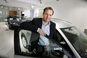 Nysatsar efter Saab. Anders Björkman, vd och ägare av Björkmans Bil AB, som det nya fusionerade företaget med Autopartnerkoncernen kommer att heta, tror på ljusare tider.