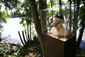 Skulpturparken visar i sommar tre masker av Gunilla Tyrberg, gjutna i järn.