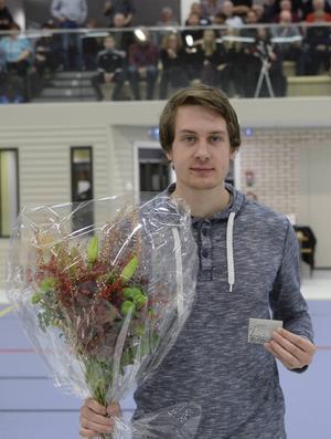 Friidrottaren Max Andersson från Tierp är Nordupplands bäste idrottsjunior 2015.