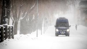 Mest snö kommer att falla längs kusten i Gästrikland, enligt Forecas prognos.