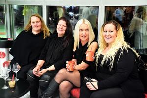 Anne Hautaviita, Pia Lahti, Therese Karlsson och Viola Rönnberg besökte en öl- och destillatmässa för första gången – och planerar ett återbesök nästa år.