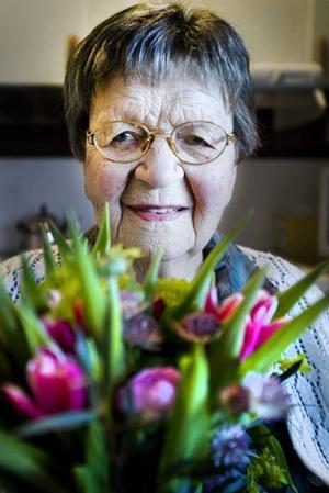 EN PIGG 100-ÅRING. Julia Moberg, Jädraås, fyller 100 år i morgon, måndag 24 januari.