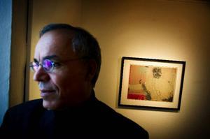 Multiinternationelle Modhir Ahmed ställer ut samtidigt i Östersund och Bahrein och har nyss avslutat en utställning i Polen.